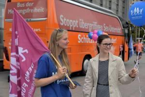 """""""Bus der Meinungsfreiheit"""" am 10.9. in Berlin"""